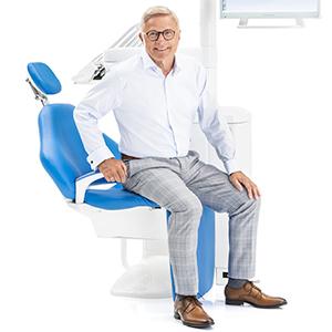Фото - Planmeca Compact i5 - стоматологическая установка с креплением консоли врача над пациентом, верхняя подача   Planmeca (Финляндия)