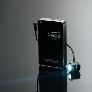 Product photo: EOS 2.0 - светодиодный осветитель с карманным аккумулятором